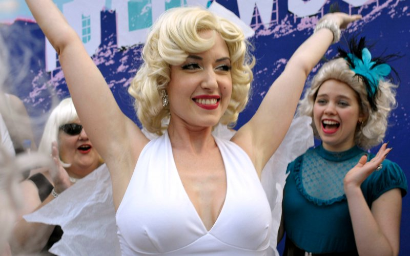 marilyn monroe impersonator - erika smith